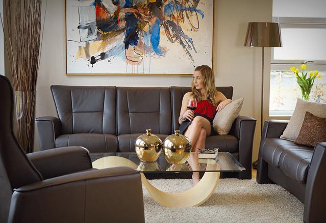Le confort n'est pas un luxe, il est même essentiel a votre santé et à votre bien-être! Un siège ergonomique vous procurera un soutien continu et préviendra votre dos et vos jambes du sentiment de fatigue.